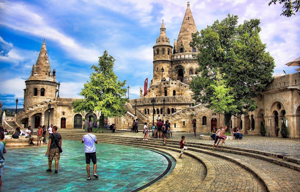 Картинки по запросу Королевский дворец в Будапеште